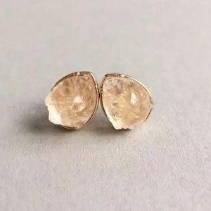 🎀3/$25 Teardrop stud earrings